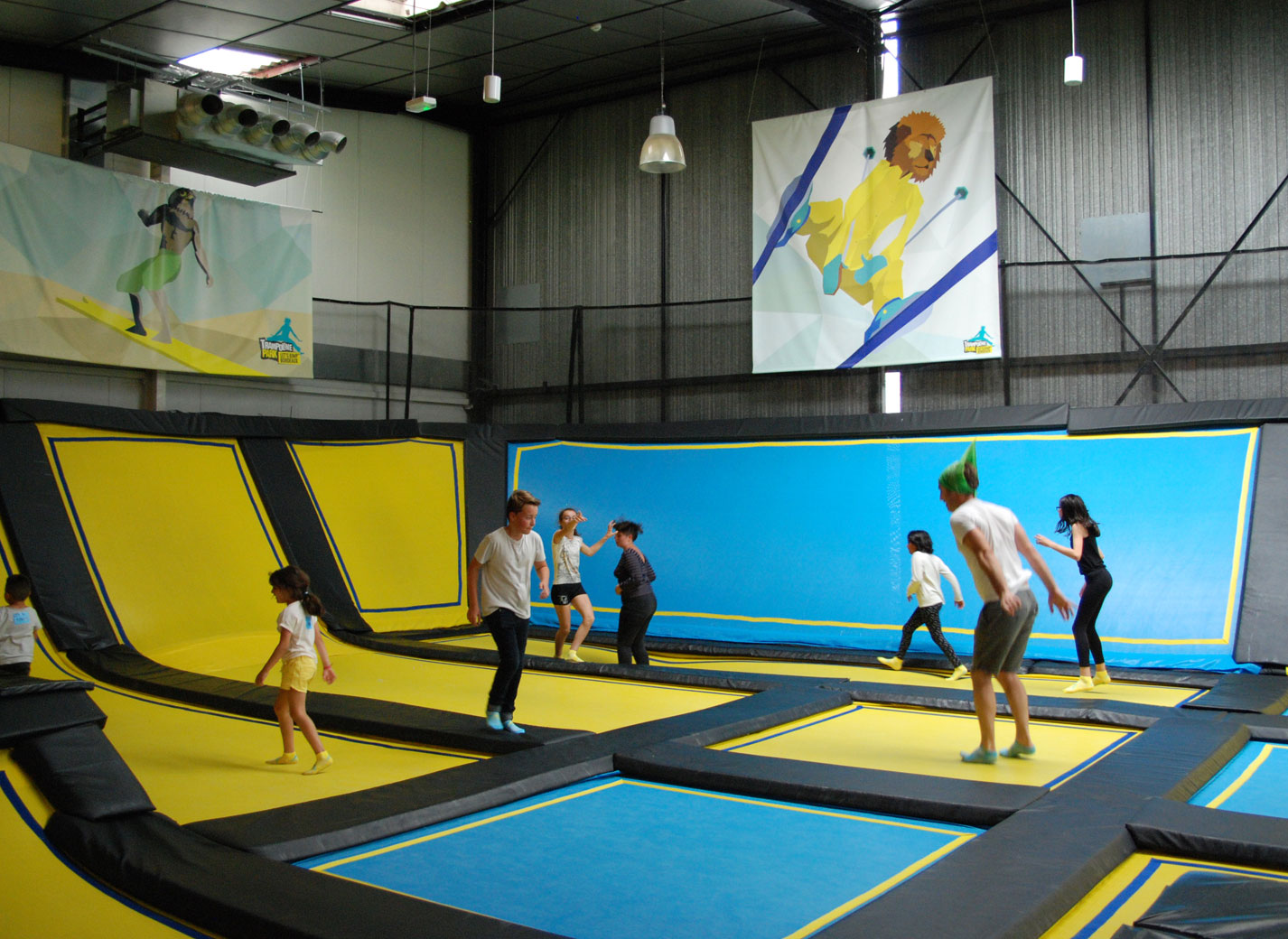 mission apollo 33 on a test le trampoline parc un air de bordeaux. Black Bedroom Furniture Sets. Home Design Ideas