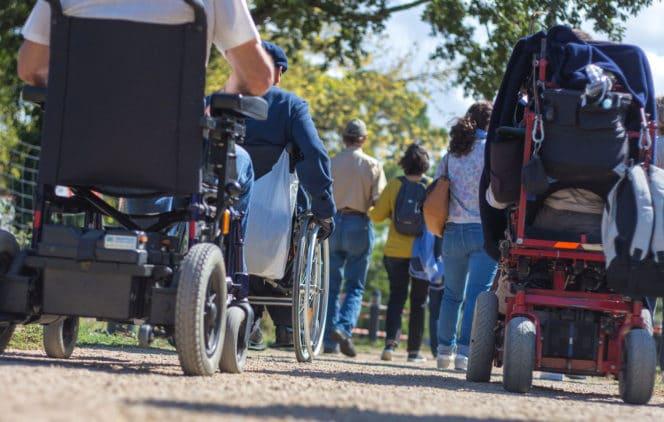 Bordeaux en fauteuil roulant