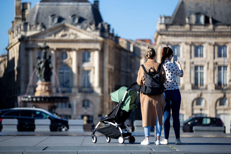 En ville avec bébé