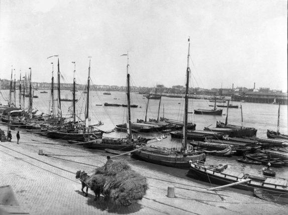 Les quais de Bordeaux avant après