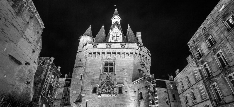 Sur les traces des remparts de Bordeaux
