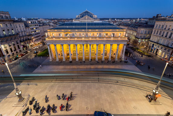 Le Grand Théâtre de Bordeaux place de la Comédie