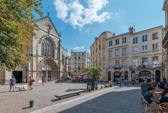 Place Saint-Pierre à Bordeaux