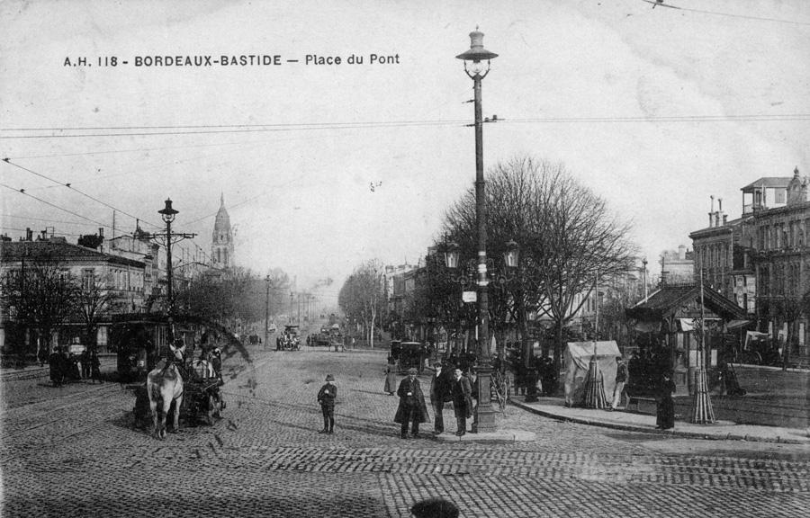 Les places de Bordeaux hier et aujourd'hui