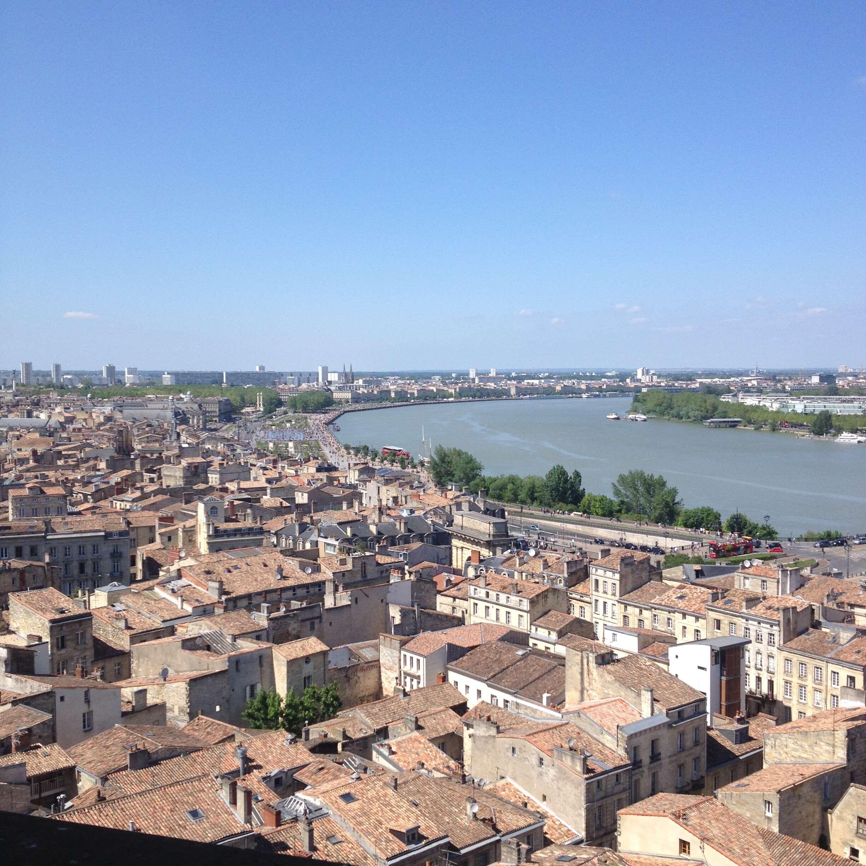 Suivez les guides et retrouvez Bordeaux !