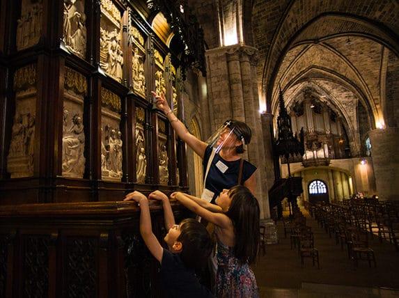 Visite contes et légendes de Bordeaux dans l'église Saint Seurin