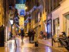 rue de bordeaux en décembre à noël